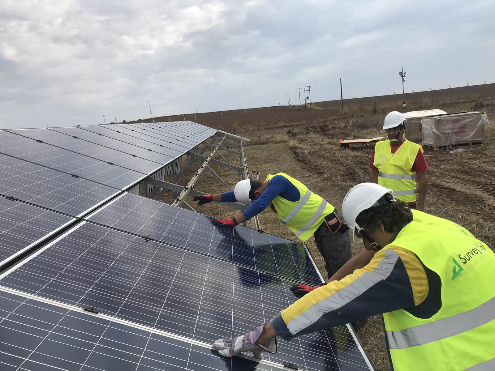 1MW photovoltaic panels replacement